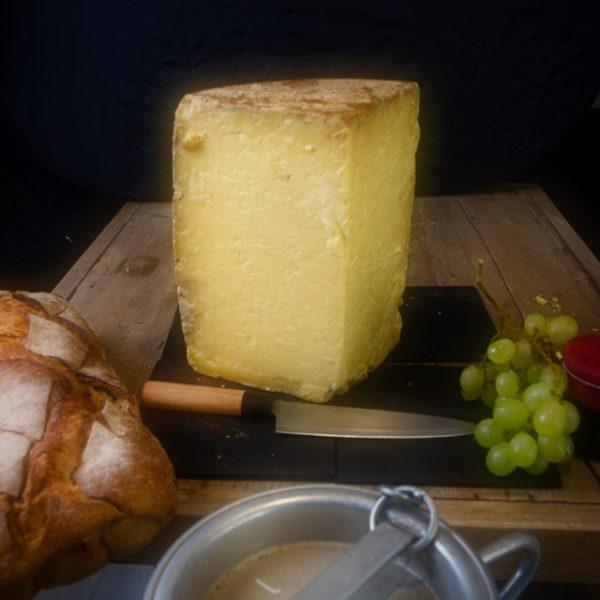 "Vieux Cantal ""Croutard"""